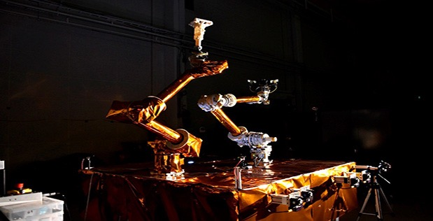 """Software: the """"invisible hand"""" of space robotics"""